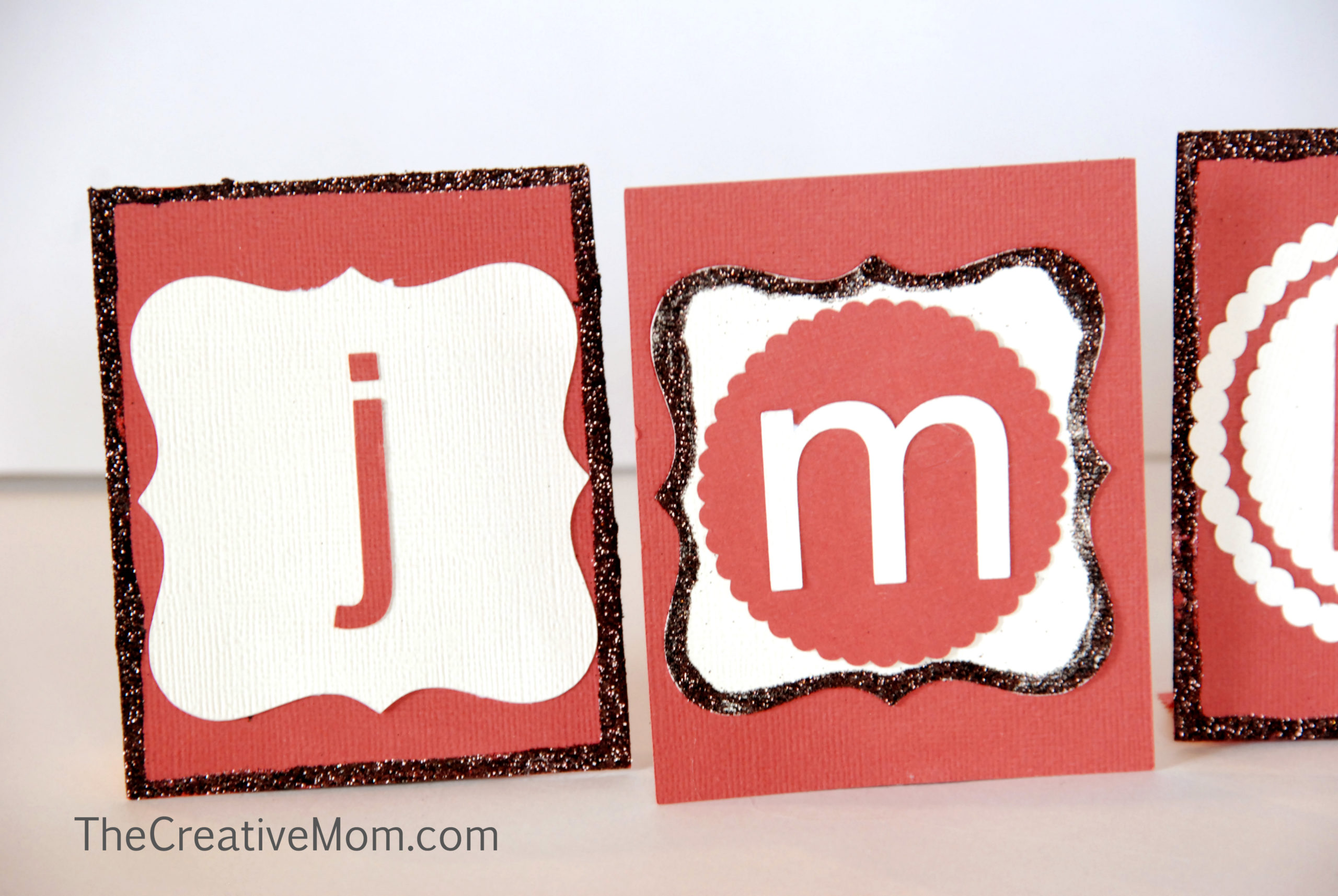 Thanksgiving Place Cards {using leftover Halloween candy}