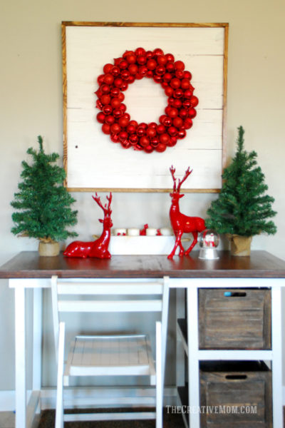 pallet ornament wreath display
