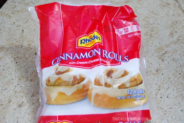reindeer cinnamon roll