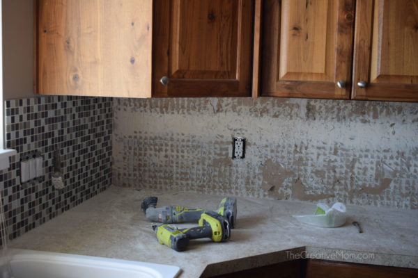 how to lay tile backsplash
