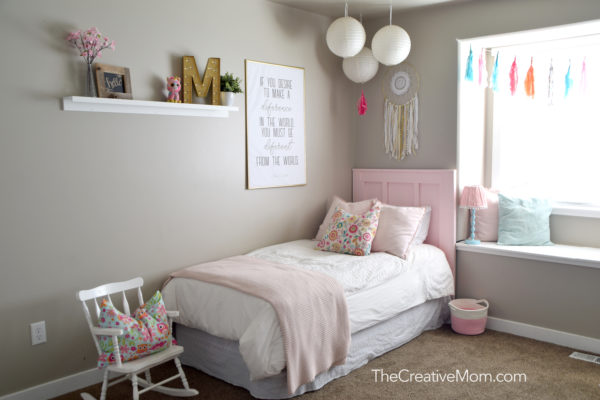 simple pink girl room
