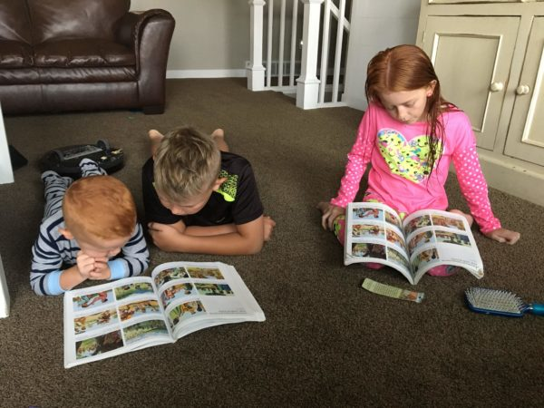 kids reading scriptures thecreativemom