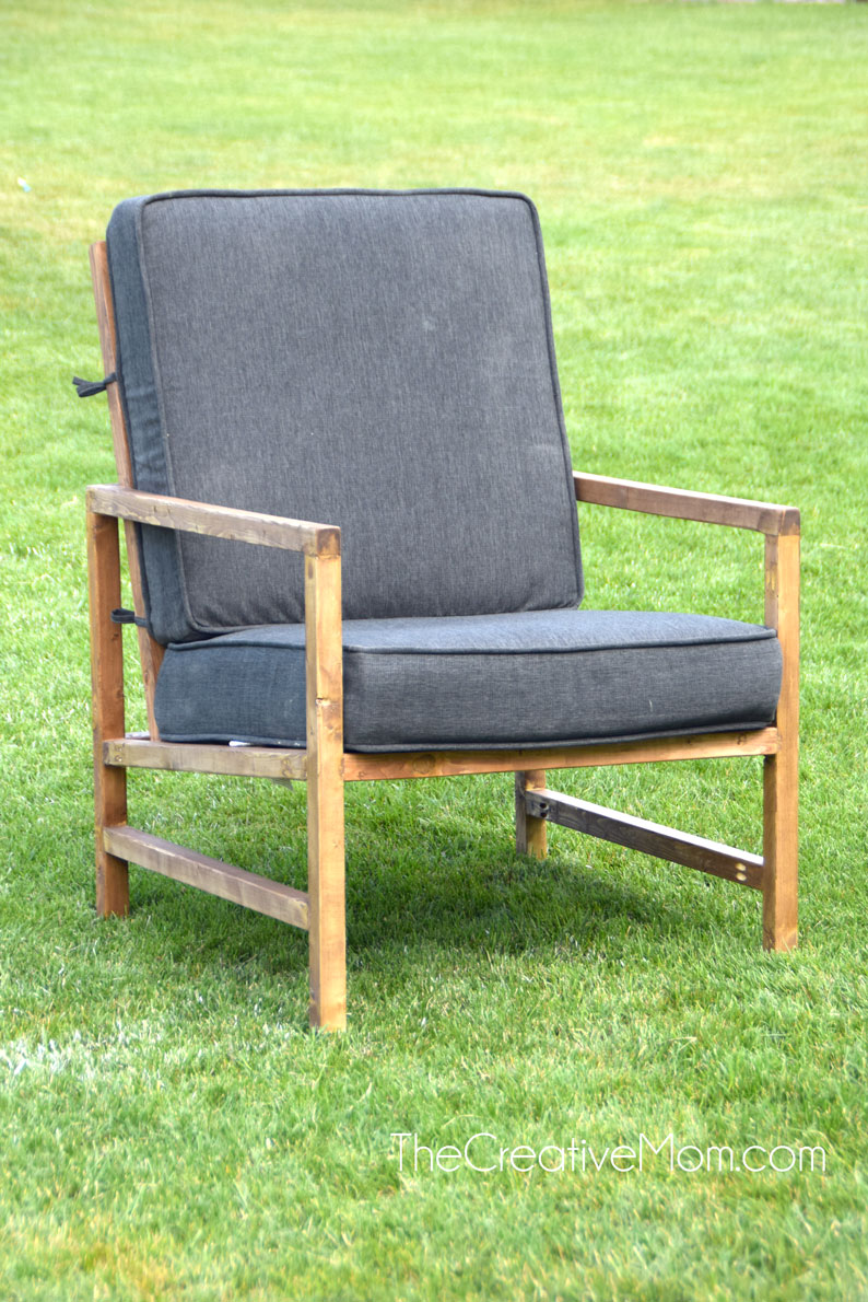 Modern Outdoor Chair (free building plans)