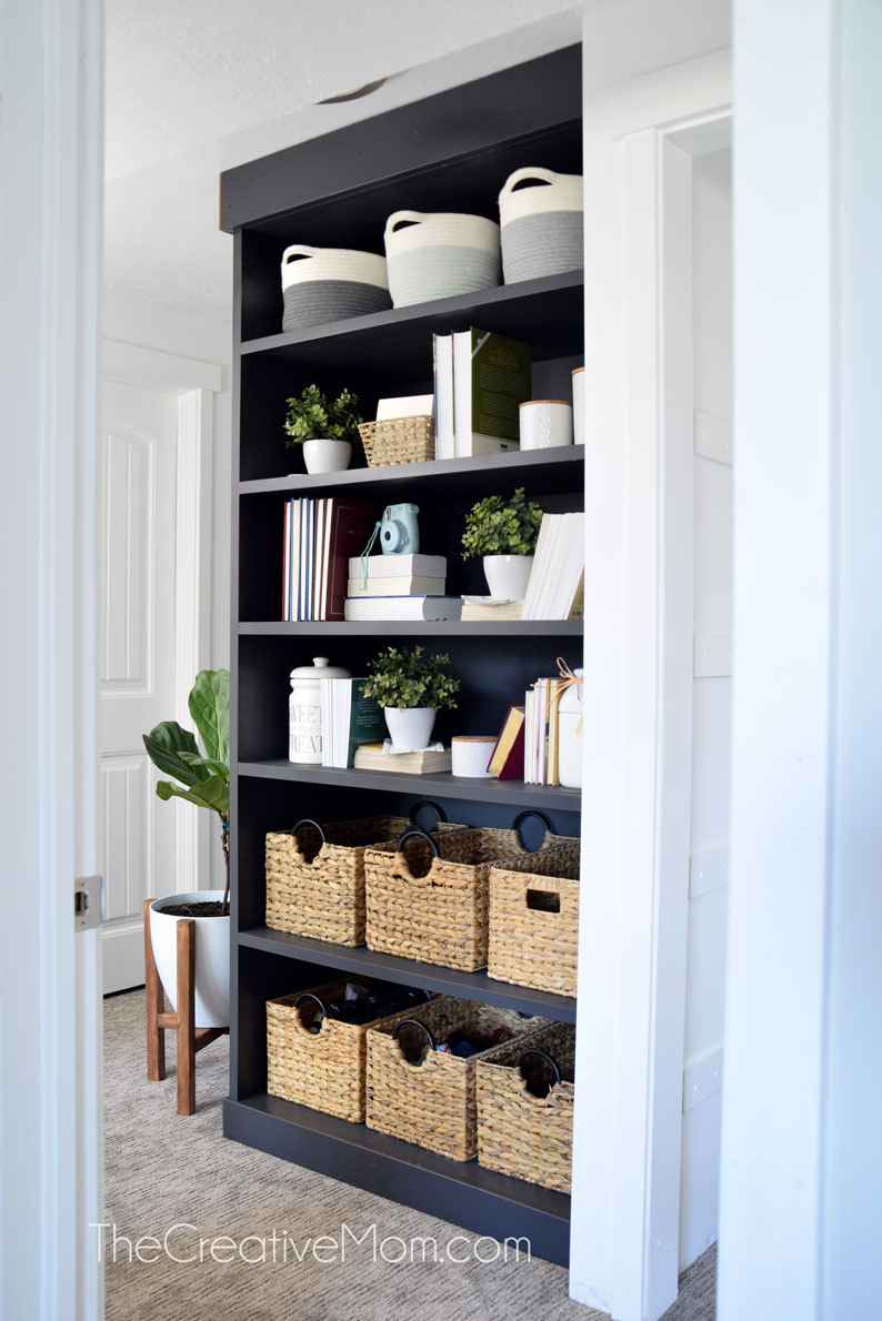 Built IN bookshelf Black DIY