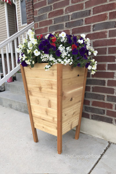 How to Build a Modern Planter Box