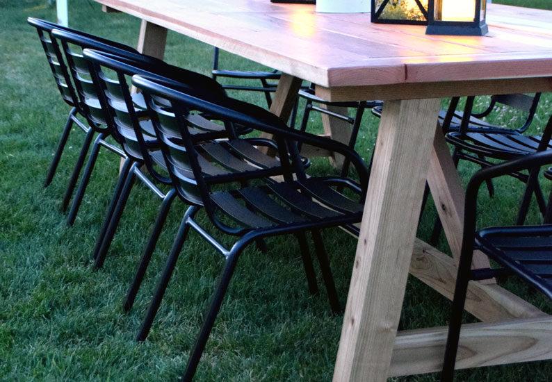 outdoor farmhouse table
